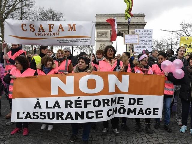Réforme de l'assurance chômage : moins de droits, plus d'emplois ?