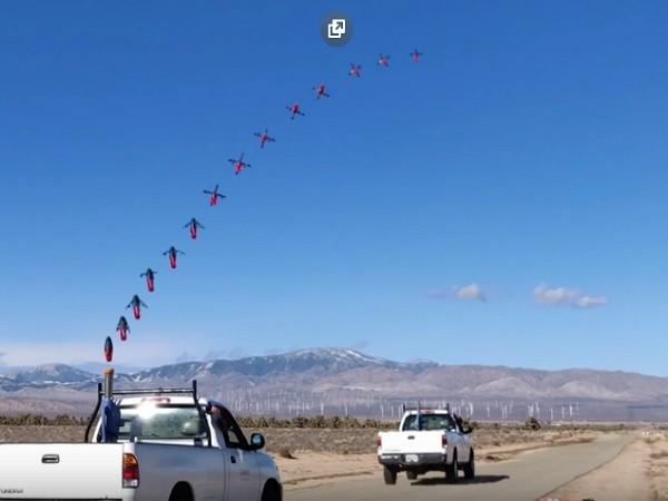 Ce drone peut être propulsé dans les airs par un canon