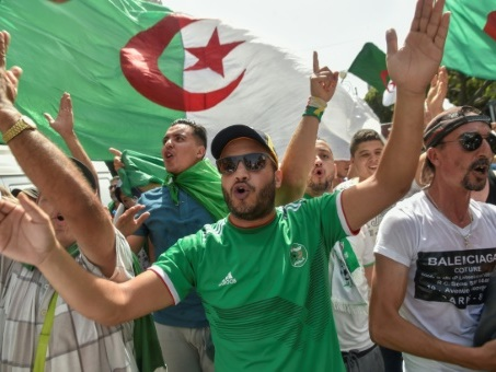 Algérie: 26e vendredi de manifestations contre le régime