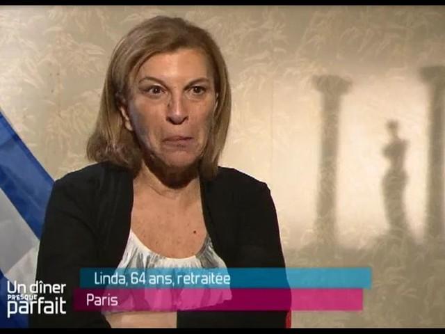 Linda (Les Anges 6) dans Un dîner presque parfait : Personne ne la reconnaît !