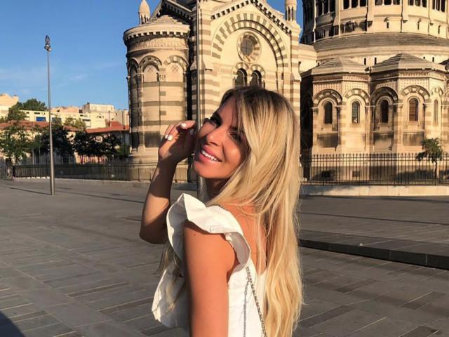 Émilie Fiorelli : Victime d'un cambriolage, elle adresse un message au voleur !