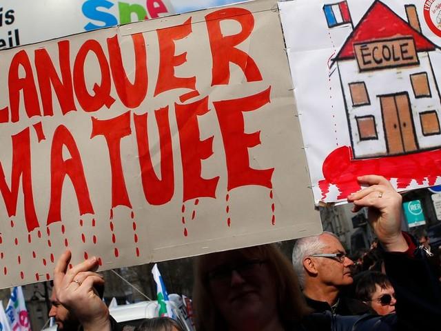 Supprimer des heures d'enseignement en pleine crise des lycées, est-ce cela la réforme, M. Blanquer? - BLOG