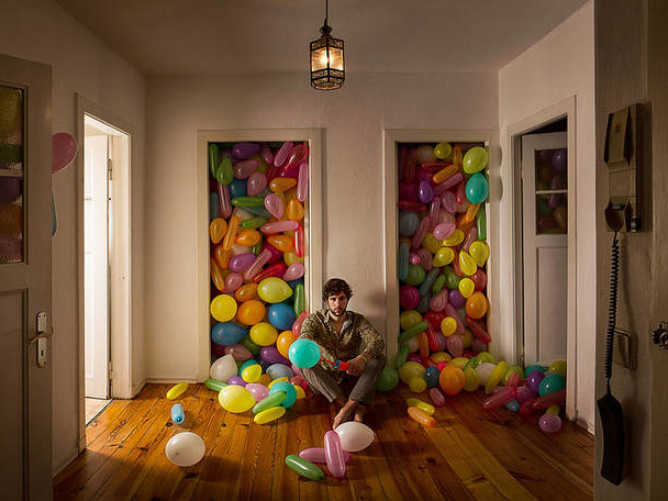 Between Childhood and Adulthood : « Grown » Photo Series