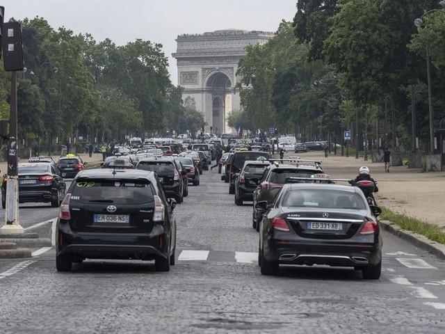 """80 km/h, galère des transports, taxe aérienne : l'Assemblée s'empare de la loi """"mobilités"""""""