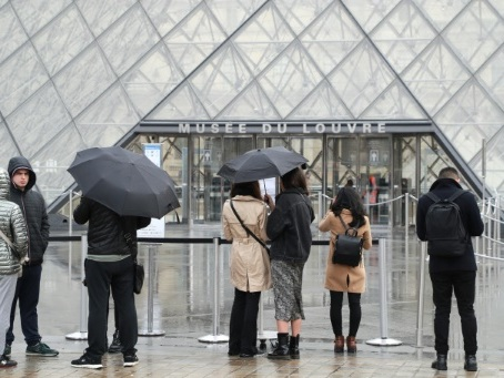Coronavirus: réouverture ou non du Louvre? Les personnels réunis mercredi matin