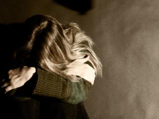 Violences conjugales : pourquoi est-il si difficile de partir ?