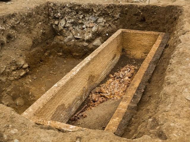 Haute-Garonne : une jeune femme se trouve dans le sarcophage de Saint-Just à Valcabrère