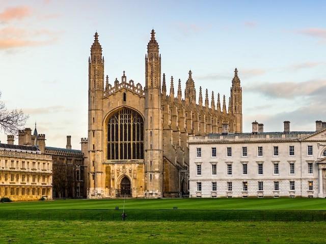 L'université de Cambridge ne donnera plus que des cours en ligne l'an prochain