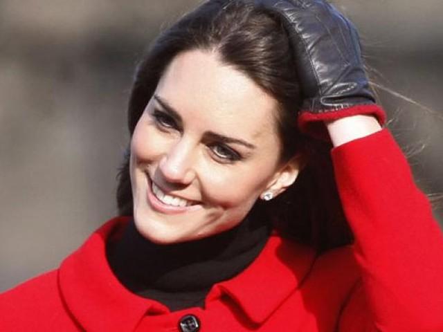 """Kate Middleton se confie sur sa """"culpabilité de maman"""""""