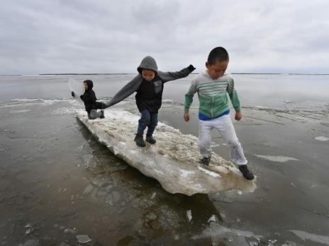 Les villages d'Alaska inexorablement rongés par le changement climatique