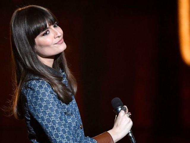 """Clara Luciani fait son grand retour avec un tube disco """"Le Reste"""" et un album plein de paillettes """"Cœur"""""""