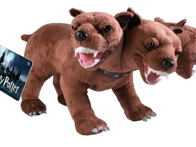 [TOPITRUC] Une peluche de Touffu, le chien à 3 têtes dans Harry Potter