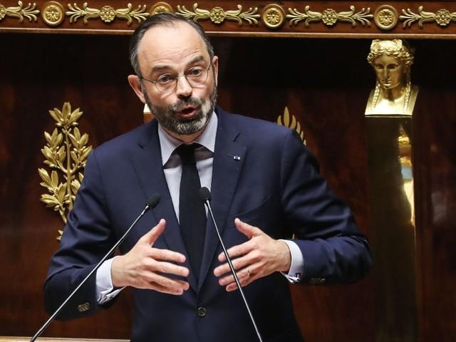 Édouard Philippe riposte aux motions de censure en citant le père de la Constitution