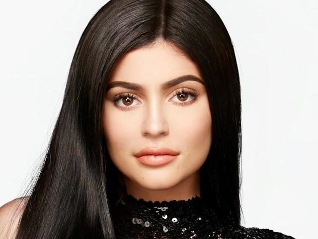 L'incroyable Famille Kardashian saison 15 : Episode 7, Kylie Jenner donne naissance à Stormi Webster, le récap