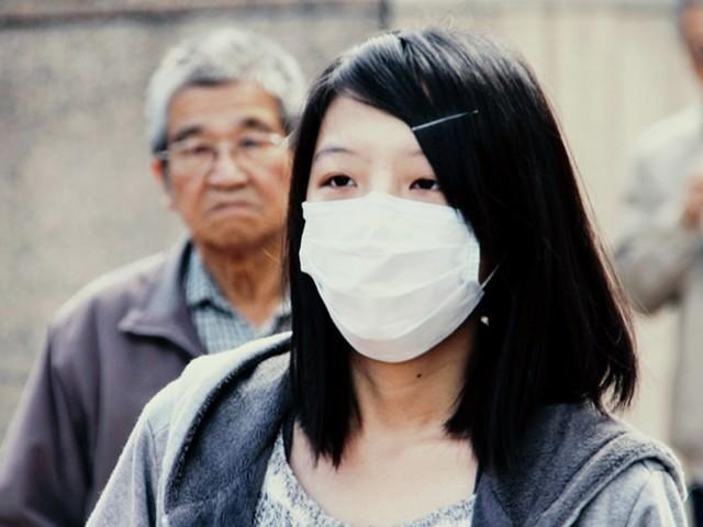 Coronavirus : le prix des masques de protection s'envole sur Amazon