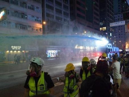 Une journaliste blessée à l'oeil par un projectile de la police durant les manifestations