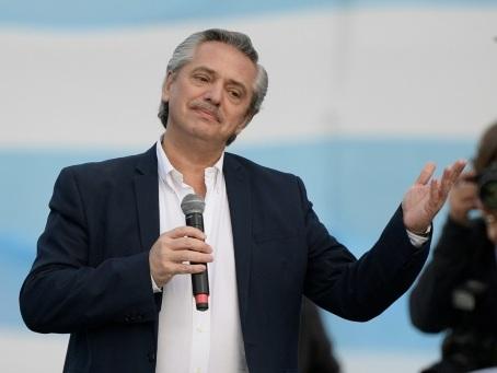 Argentine: le candidat péroniste favori de l'élection présidentielle