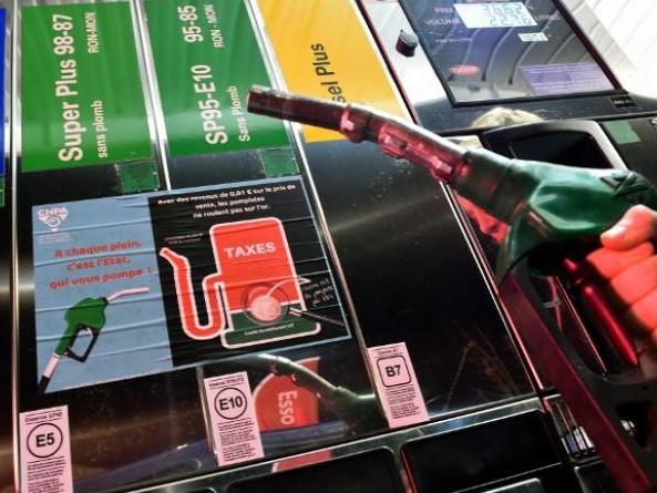Pour les vacances, vous reprendrez bien une hausse des prix des carburants ?