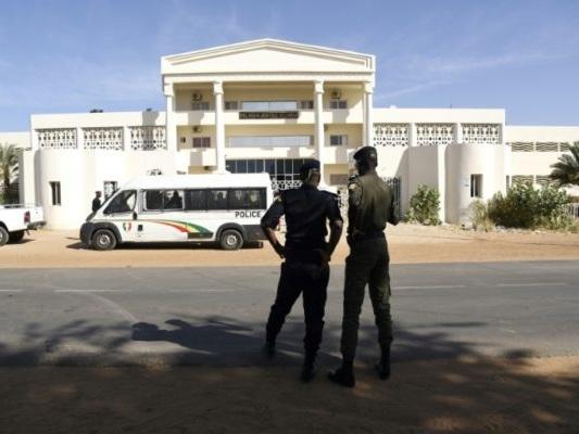 Enfants enchaînés dans une école coranique au Sénégal: leur maître condamné avec sursis