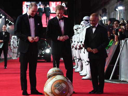 Sortie aujourd'hui du nouveau Star Wars: spectaculaire avant-première hier à Londres (photos)
