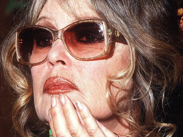 Brigitte Bardot: Macron, son fils et les obsèques de Belmondo jetés avec l'eau du bain