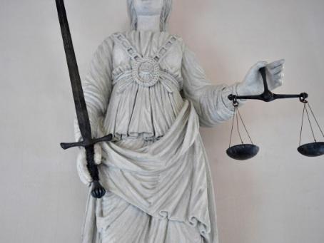 Gard: 30 ans de réclusion requis contre le compagnon de Ninon, frappée à mort à 20 ans
