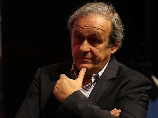 La FIFA réclame le remboursement de 2millions de francs suisses à Michel Platini