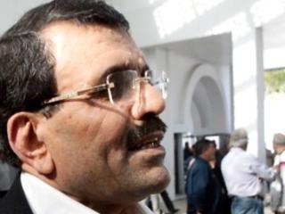 Tunisie – Ali Laârayedh exfiltré sous les cris de «dégage» de Bouhajla