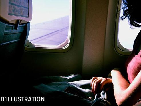 Une passagère s'endort dans l'avion et se réveille seule, dans le noir absolu: elle a été oubliée par les équipes au sol à Toronto