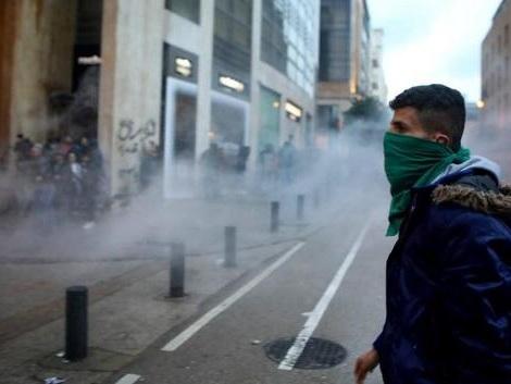 Nouveaux heurts à Beyrouth entre manifestants et policiers