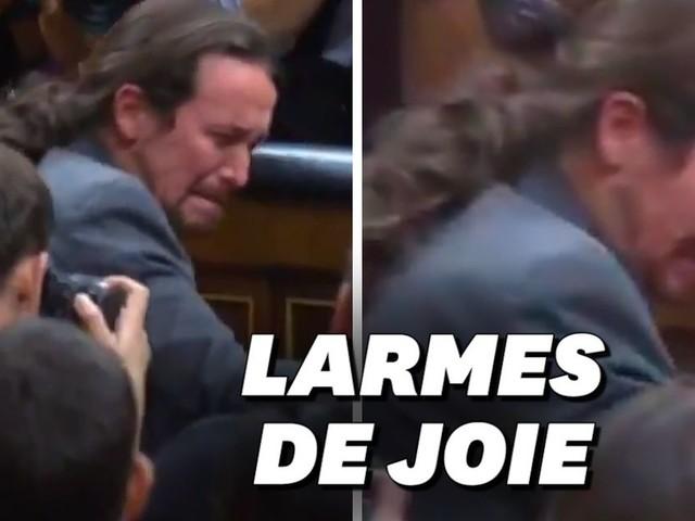 En Espagne, les larmes de Pablo Iglesias après la reconduction de Pedro Sanchez