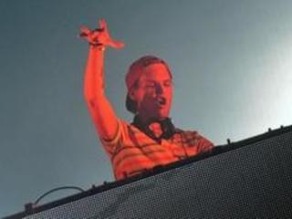 """Décès du DJ Avicii: """"pas de piste criminelle"""", selon une source policière à Oman"""