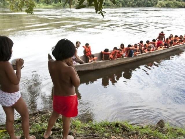 Guyane: Dans le Haut-Maroni, les élèves veulent un collège pour éviter le déracinement