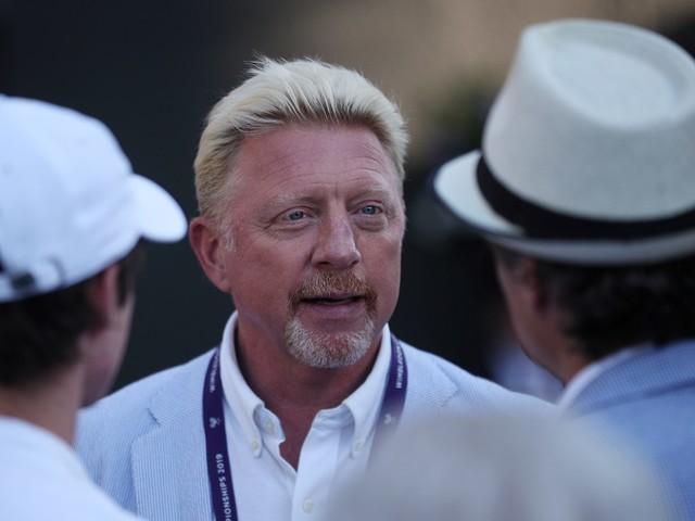 Criblé de dettes, Becker a vendu ses trophées