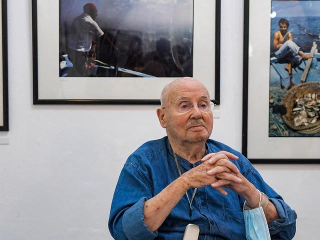 """A 90 ans, Jacques Pérez, grande figure de la photographie tunisienne, garde l'""""oeil"""" sur son pays"""