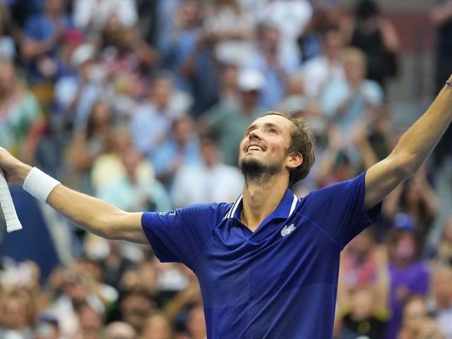 US Open: Daniil Medvedev bat Novak Djokovic en finale