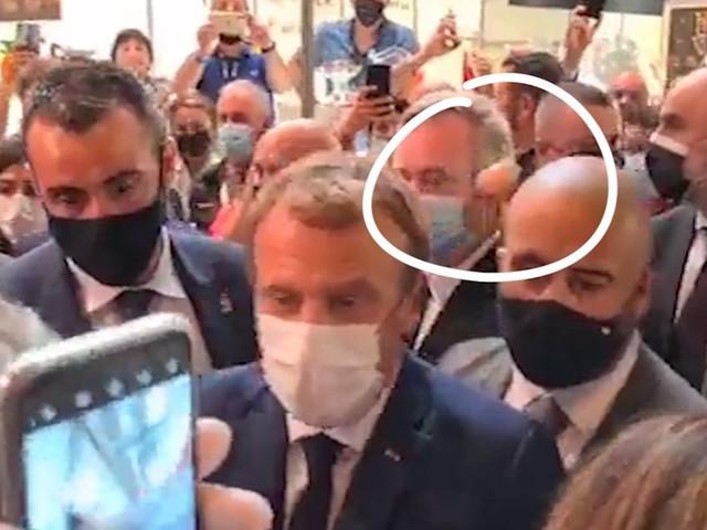 À Lyon, Macron visé par un jet d'oeuf lors d'un salon de la restauration