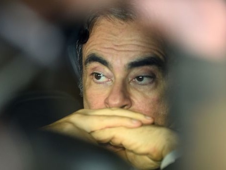 Carlos Ghosn poursuivi aux États-Unis pour avoir caché 140 millions de dollars de revenus