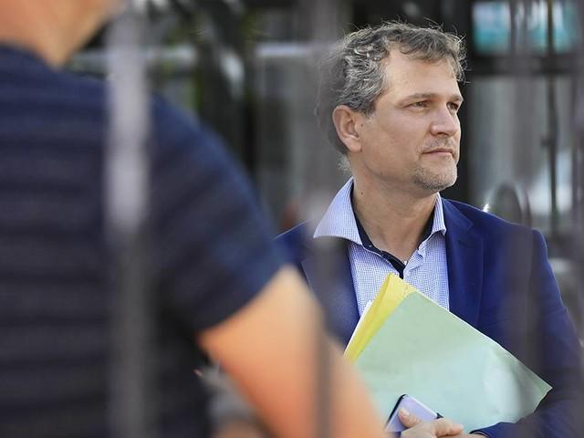 Cumul de mandats : Olivier Rivière condamné à 3 ans d'inéligibilité et 6 mois de prison avec sursis pour avoir trop gagné