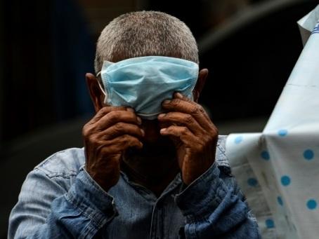 Coronavirus: l'OMS à nouveau sur la sellette