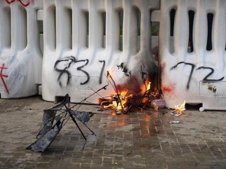 Hong Kong plonge dans de nouvelles violences