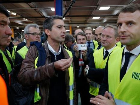 """Du """"miracle industriel"""" au """"fiasco"""", les ex-Whirlpool d'Amiens en quête de réponses"""