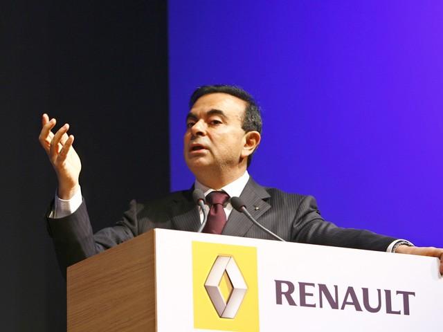 """""""Avec 7 millions d'euros par an, Ghosn est trop payé"""", fustige l'un des actionnaires de Renault"""