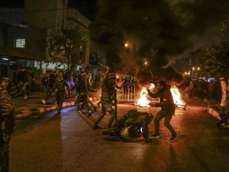"""Le Liban fait face à une """"catastrophe"""", avertit le nouveau Premier ministre"""