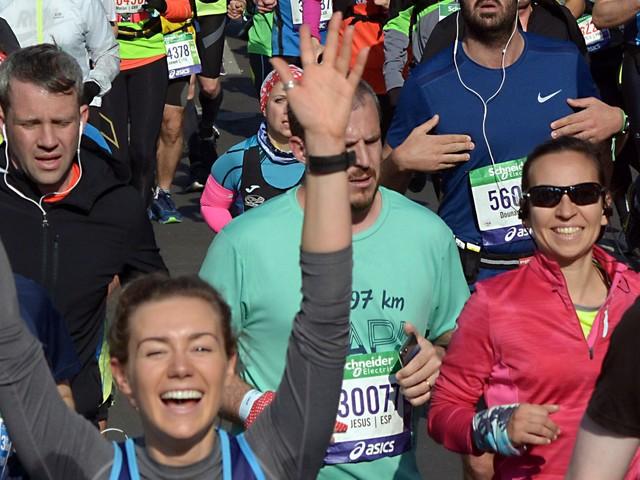 Entre charge mentale et syndrome de l'imposteur, normal qu'il y ait encore si peu de femmes sur la ligne de départ d'un marathon - BLOG