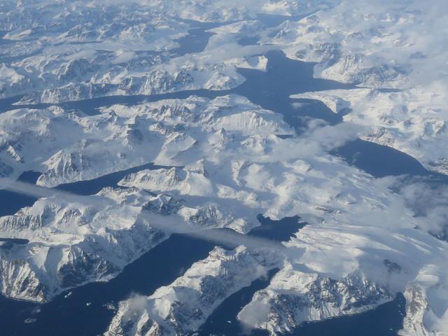 Réchauffement climatique: la calotte polaire du Groenland fond 4 fois plus vite qu'il y a 10 ans