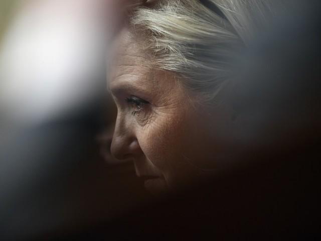 Ces très douteux hommes de confiance autour de Marine Le Pen