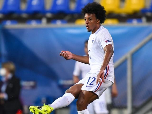 L'équipe de France avec les surprises Koundé et Thuram en plus de Benzema