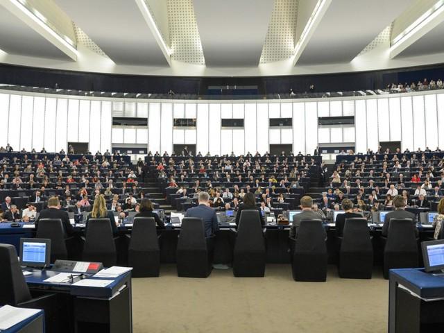 Elections européennes : LREM en tête des intentions de vote, devant le RN et les Républicains
