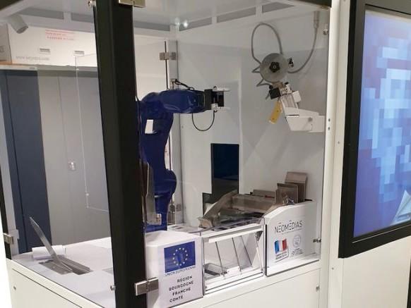 Le robot imprimeur de livres Gutenberg One sélectionné par l'Élysée